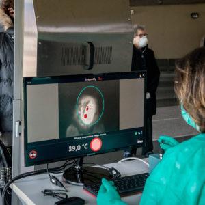 Ministerul Economiei: Pro-Optica şi IOR au dezvoltat şi produs un scanner termic de concepţie 100% românească
