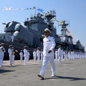 """Viceamiralul Mîrşu şi-a luat """"la revedere"""" de la Marina Militară"""